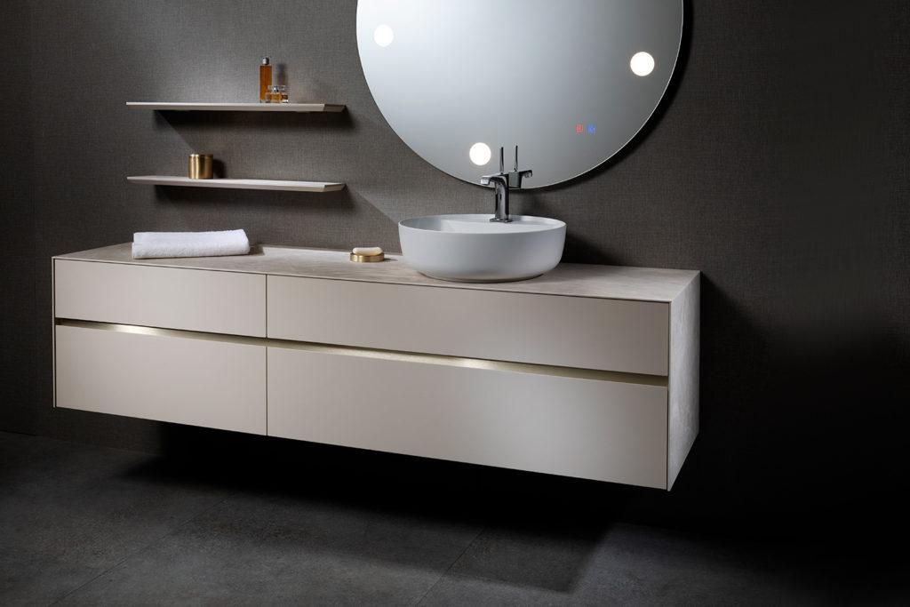 Karma, meubles de salle de bains par DECOTEC
